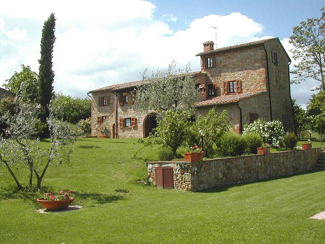 Agriturismo casagrande montepulciano siena toscana for Progetti di planimetrie di case di campagna